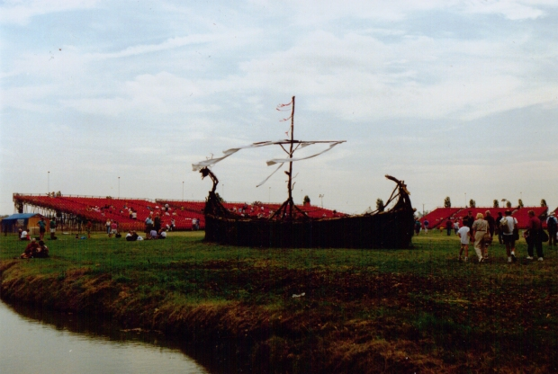 Now that's a Viking Longship!