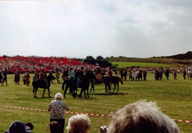 The Saxon fyrd arrives