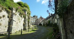 Gold Hill, Shaftesbury. looking back up the hill